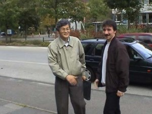 Unser Gründer Oh In-Hwan (links) mit unserem jetzigen Meister, Stephan Nietz (rechts)